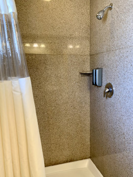 Welcome To The Fireside Inn - Shower